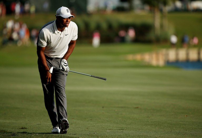 According to one bookmaker, tiger woods has a (much) better chance of retiring than winning in 2017 - golf digest BookMaker lists Woods