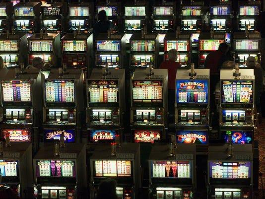 Iowa sports betting: casinos, iowa lottery, pro sports, among options complex issue, said