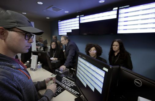 Mass. sports betting proposal would be first to allow online bets – the boston globe