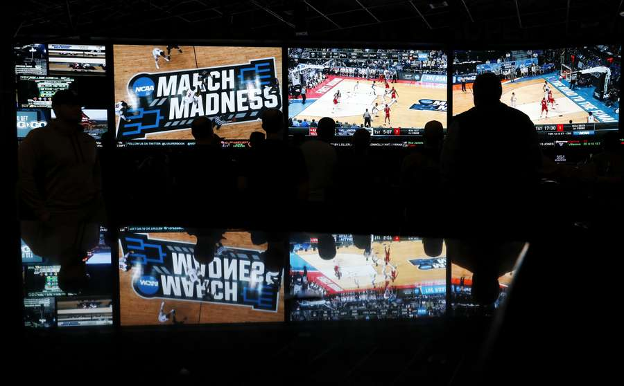 Sports betting amendments would ban in-game wagers on college players 11 percent